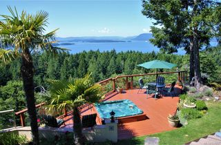 Photo 11: 5802 Pirates Rd in Pender Island: GI Pender Island House for sale (Gulf Islands)  : MLS®# 844907