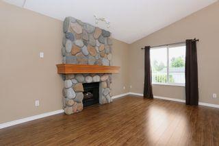 Photo 5: 23712 DEWDNEY TRUNK Road in Maple Ridge: Cottonwood MR House for sale : MLS®# R2081362