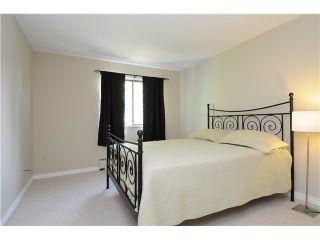 """Photo 16: 302 3901 CARRIGAN Court in Burnaby: Government Road Condo for sale in """"LOUGHEED ESTATES II"""" (Burnaby North)  : MLS®# V1023256"""