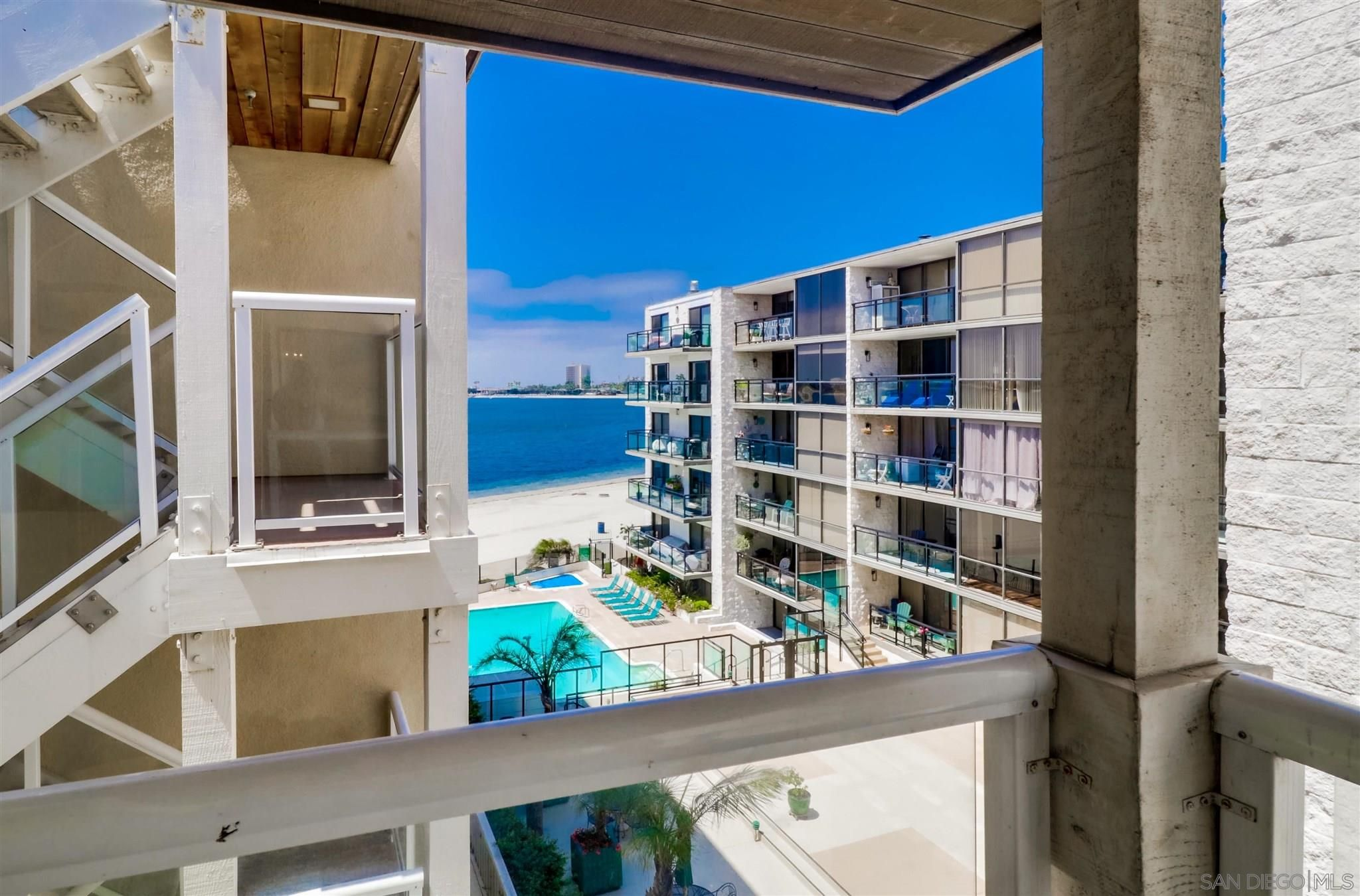 Main Photo: PACIFIC BEACH Condo for sale : 3 bedrooms : 3888 Riviera Dr #305 in San Diego