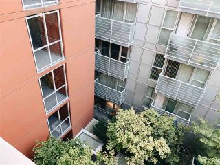 "Photo 12: 703 168 POWELL Street in Vancouver: Downtown VE Condo for sale in ""SMART"" (Vancouver East)  : MLS®# R2534188"
