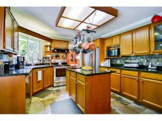 Photo 12: 9060 160A ST in Surrey: Fleetwood Tynehead House for sale : MLS®# F1441114