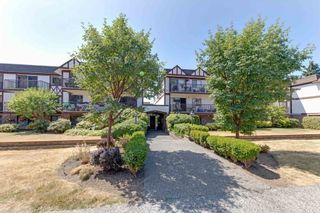 """Photo 15: 107 131 W 4TH Street in North Vancouver: Lower Lonsdale Condo for sale in """"Nottingham Place"""" : MLS®# R2605693"""