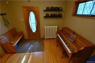 Photo 2: 280 Lipton Street in Winnipeg: West End Residential for sale (5C)  : MLS®# 1714573