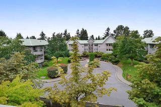 """Photo 19: 312 6745 STATION HILL Court in Burnaby: South Slope Condo for sale in """"THE SALTSPRING"""" (Burnaby South)  : MLS®# R2096788"""