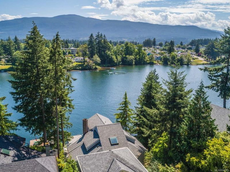 FEATURED LISTING: 330 Fawn Pl NANAIMO
