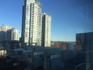 """Photo 3: 510 131 REGIMENT Square in Vancouver: Downtown VW Condo for sale in """"SPECTRUM 3"""" (Vancouver West)  : MLS®# R2016924"""