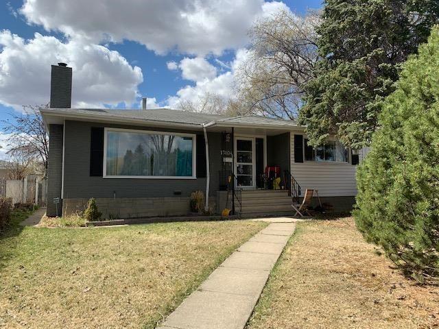 Main Photo: 13104 124 Street in Edmonton: Zone 01 House for sale : MLS®# E4240971