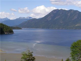 """Photo 6: 6657 N GALE Avenue in Sechelt: Sechelt District House for sale in """"Seawatch at the Shores"""" (Sunshine Coast)  : MLS®# V824444"""