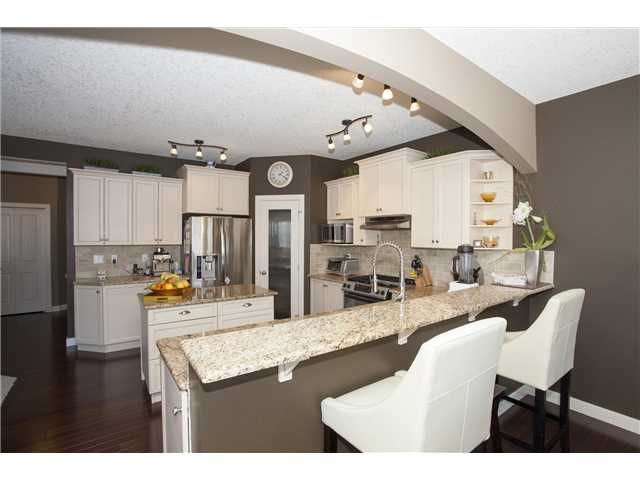 Photo 9: Photos: 309 EVERRIDGE Drive SW in CALGARY: Evergreen Residential Detached Single Family for sale (Calgary)  : MLS®# C3563849