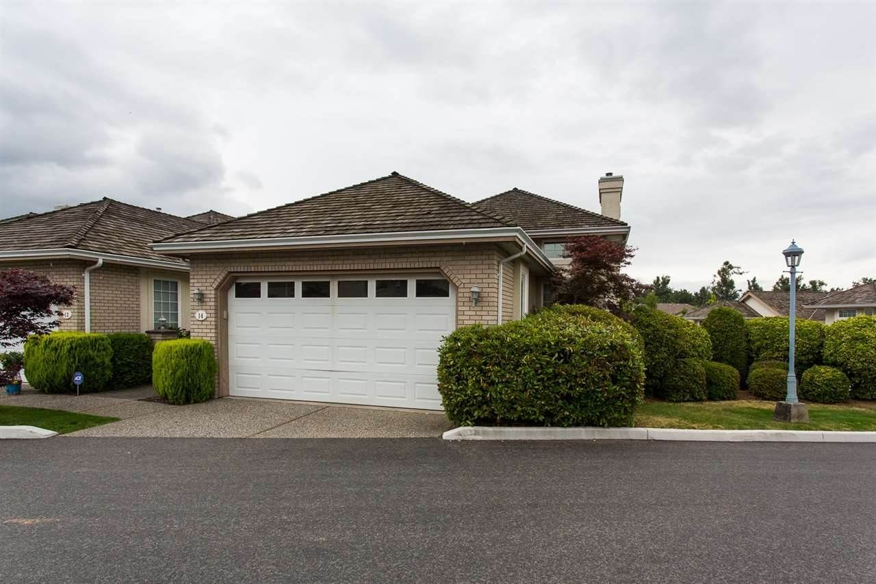 """Main Photo: 14 31450 SPUR Avenue in Abbotsford: Abbotsford West Townhouse for sale in """"LakePointe Villas"""" : MLS®# R2502177"""
