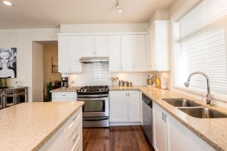 Photo 7: 9 19490 FRASER WAY in Pitt Meadows: South Meadows Townhouse for sale : MLS®# R2264456