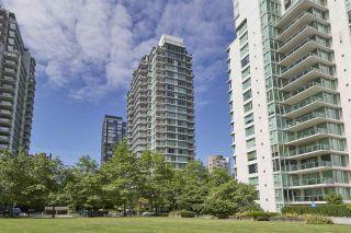 "Photo 14: 303 1710 BAYSHORE Drive in Vancouver: Coal Harbour Condo for sale in ""BAYSHORE GARDENS"" (Vancouver West)  : MLS®# R2386675"