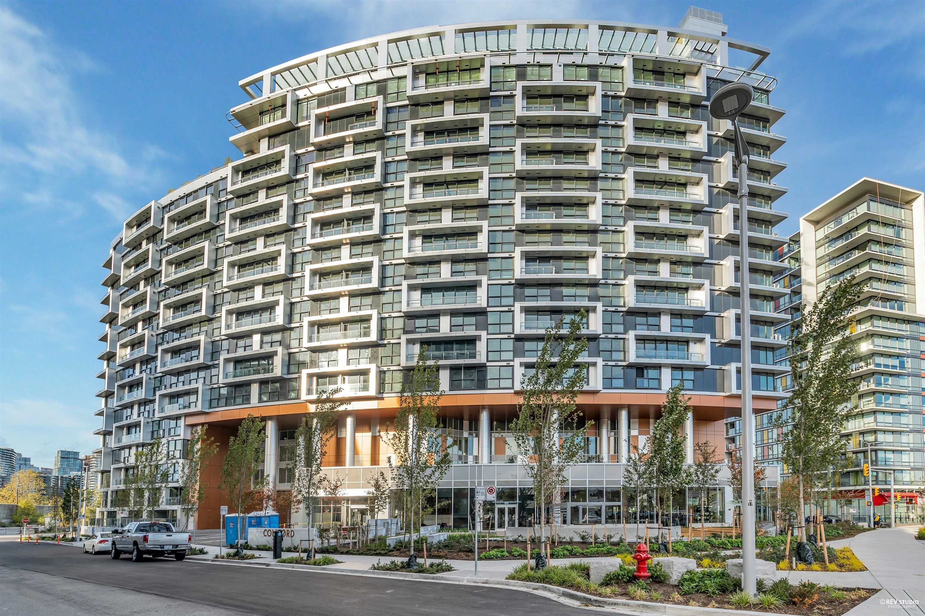 """Main Photo: 509 1768 COOK Street in Vancouver: False Creek Condo for sale in """"Avenue One"""" (Vancouver West)  : MLS®# R2625524"""