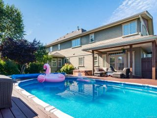 Photo 9: 1303 Ocean View Ave in COMOX: CV Comox (Town of) House for sale (Comox Valley)  : MLS®# 766620