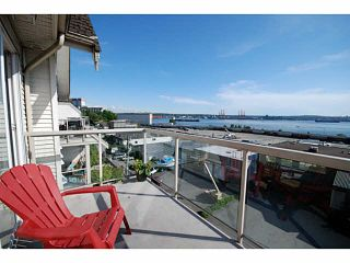 Photo 2: 405 333 E 1ST Street in North Vancouver: Lower Lonsdale Condo for sale : MLS®# V1100119