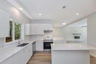 Photo 5: 3166 SLINGSBY Pl in : Sk Otter Point Half Duplex for sale (Sooke)  : MLS®# 850757