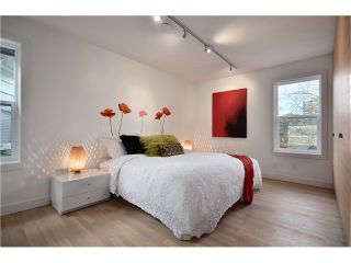 """Photo 6: 1560 COMOX Street in Vancouver: West End VW Townhouse for sale in """"C & C"""" (Vancouver West)  : MLS®# V931031"""