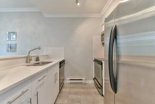 """Photo 7: 23 795 W 8TH Avenue in Vancouver: Fairview VW Townhouse for sale in """"DOVER COURT"""" (Vancouver West)  : MLS®# R2457753"""
