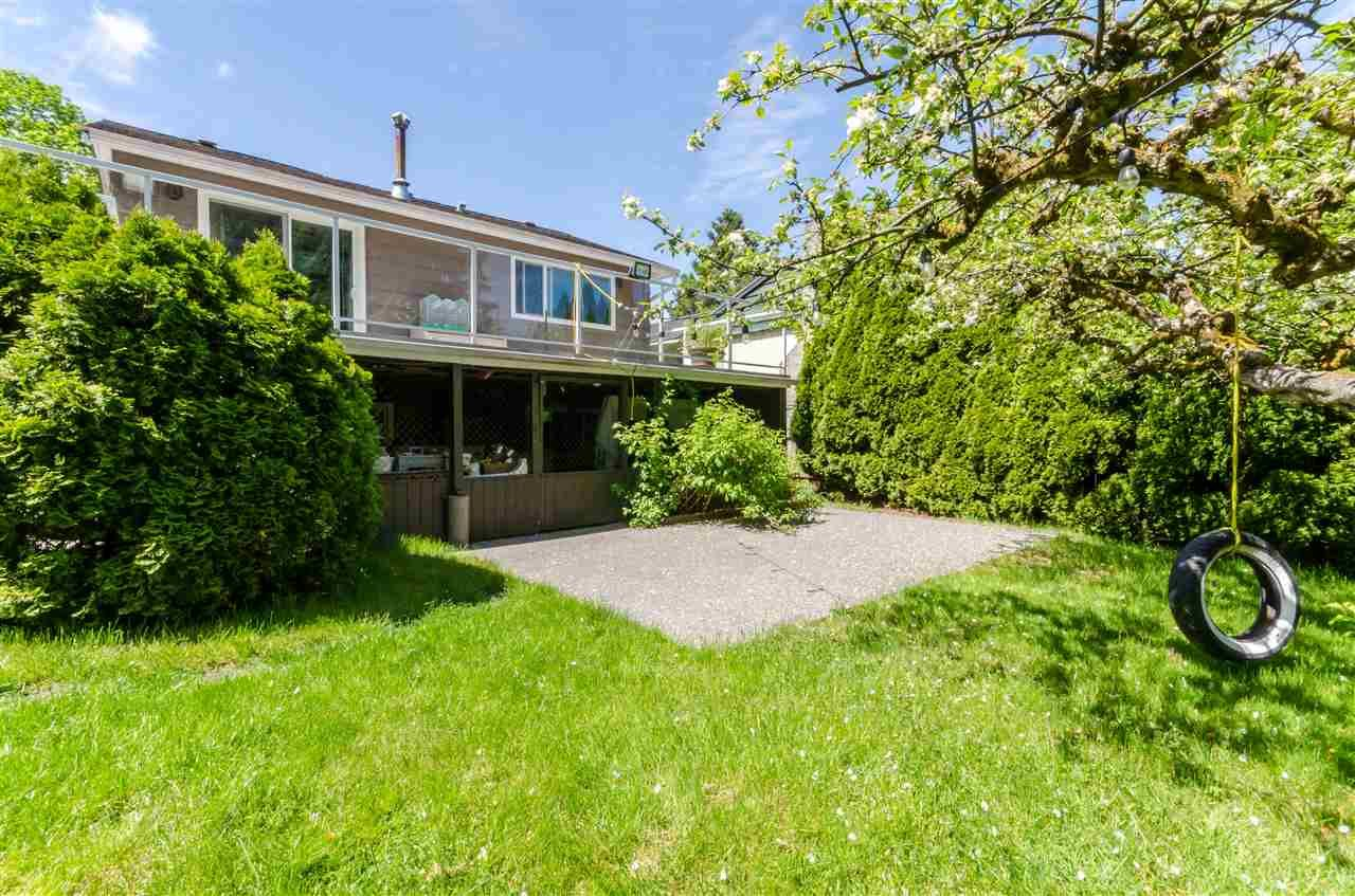 Photo 8: Photos: 1939 EASTERN Drive in Port Coquitlam: Mary Hill House for sale : MLS®# R2516960