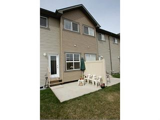 Photo 18: 245 RANCH RIDGE Meadows: Strathmore Townhouse for sale : MLS®# C3615774