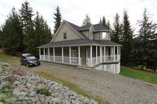 Photo 4: 2696 Fraser Road in Anglemont: North Shuswap House for sale (Shuswap)  : MLS®# 10114033