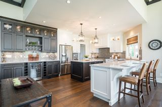 """Photo 14: 22439 96 Avenue in Langley: Fort Langley House for sale in """"FORT LANGLEY"""" : MLS®# R2620052"""