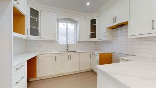 Photo 2: 2681 E 41ST Avenue in Vancouver: Collingwood VE Duplex for sale (Vancouver East)  : MLS®# R2449816