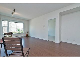 """Photo 12: 202 33539 HOLLAND Avenue in Abbotsford: Central Abbotsford Condo for sale in """"The Crossing - Building B"""" : MLS®# R2517839"""