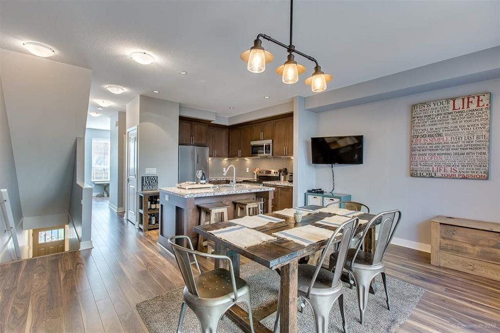 """Photo 7: Photos: 108 1460 SOUTHVIEW Street in Coquitlam: Burke Mountain Townhouse for sale in """"CEDAR CREEK"""" : MLS®# R2539546"""