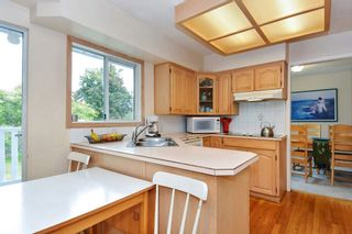 Photo 6: 15579 OXENHAM AVENUE: White Rock House for sale (South Surrey White Rock)  : MLS®# R2290933