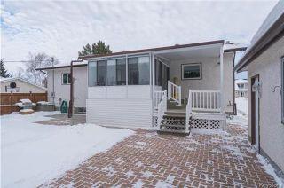 Photo 19: 105 Oakbank Drive: Oakbank Residential for sale (R04)  : MLS®# 1801130