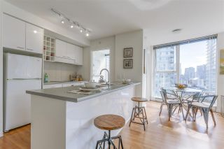 """Photo 4: 903 602 CITADEL PARADE in Vancouver: Downtown VW Condo for sale in """"SPECTRUM"""" (Vancouver West)  : MLS®# R2094812"""