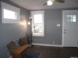 Photo 3: 101 M Avenue South in Saskatoon: Pleasant Hill Residential for sale : MLS®# SK871619
