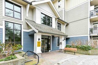 """Photo 4: 503 13897 FRASER Highway in Surrey: Whalley Condo for sale in """"The Edge"""" (North Surrey)  : MLS®# R2539795"""