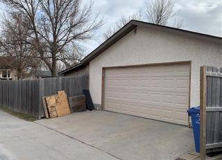 Photo 19: 193 Beckinsale Bay in Winnipeg: St Vital Residential for sale (2E)  : MLS®# 202110508
