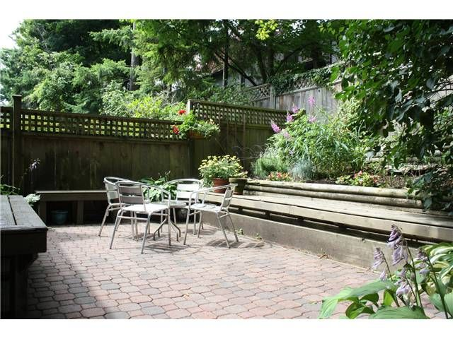 """Main Photo: 8183 LAVAL Place in Vancouver: Champlain Heights Townhouse for sale in """"CARTIER PLACE"""" (Vancouver East)  : MLS®# V900188"""