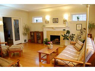 "Photo 2: 440 E 48TH Avenue in Vancouver: Fraser VE House for sale in ""FRASER"" (Vancouver East)  : MLS®# V988557"