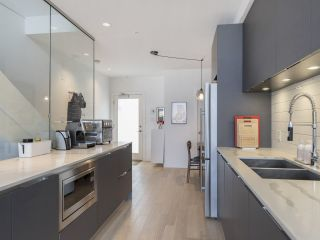 """Photo 23: 312 1647 E PENDER Street in Vancouver: Hastings Townhouse for sale in """"The Oxley"""" (Vancouver East)  : MLS®# R2555021"""