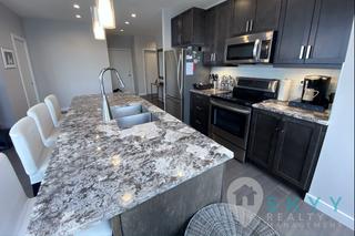 Photo 5: 10238 103 Street in Edmonton: Condo for rent