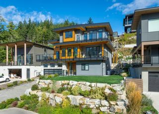 """Photo 38: 2237 WINDSAIL Place in Squamish: Plateau House for sale in """"Crumpit Woods"""" : MLS®# R2621159"""