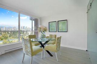 """Photo 11: 405 1490 PENNYFARTHING Drive in Vancouver: False Creek Condo for sale in """"Harbour Cove"""" (Vancouver West)  : MLS®# R2615809"""