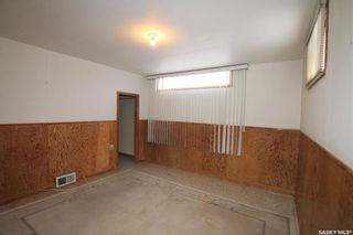 Photo 32: 596 1st Avenue Northeast in Swift Current: North East Residential for sale : MLS®# SK848833