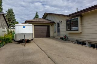 Photo 2: 12 Willowbrook Crescent: St. Albert House for sale : MLS®# E4264517