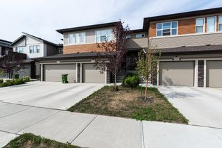 Photo 2: 1865 KEENE Crescent in Edmonton: Zone 56 Attached Home for sale : MLS®# E4259050