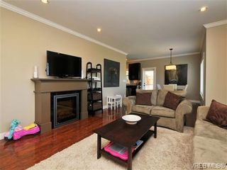 Photo 4: 1235 Clearwater Pl in VICTORIA: La Westhills House for sale (Langford)  : MLS®# 679781