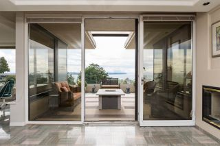 """Photo 5: 302 15050 PROSPECT Avenue: White Rock Condo for sale in """"Contessa"""" (South Surrey White Rock)  : MLS®# R2137317"""