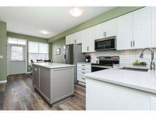 """Photo 7: 86 20460 66 Avenue in Langley: Willoughby Heights Townhouse for sale in """"Willow Edge"""" : MLS®# R2445732"""