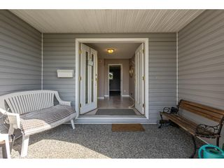 Photo 4: 21553 49B Avenue in Langley: Murrayville House for sale : MLS®# R2559490