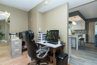 Photo 13: 2101 COMO LAKE Avenue in Coquitlam: Chineside House for sale : MLS®# R2546783